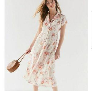 UO Urban Renewal Vintage Flower Maxi Dress M